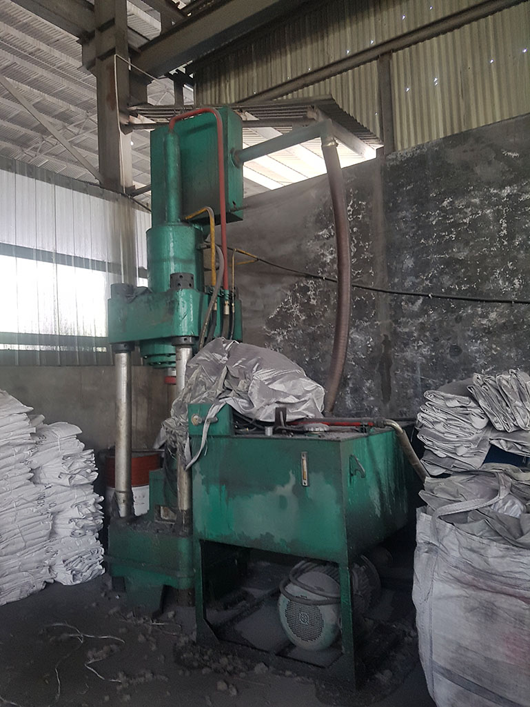 Aluminum slab machine
